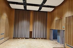 Glasbena šola Ajdovščina - žametne zavese